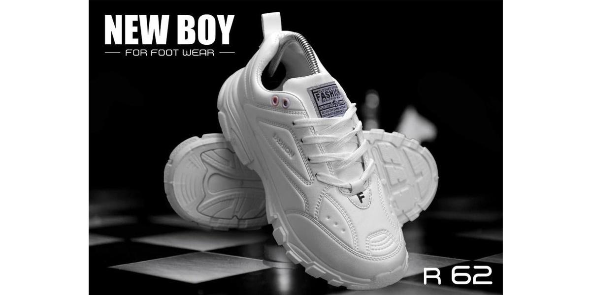 R62-white